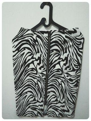 Zebra skirt zipper
