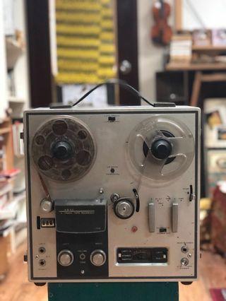 古董Akai 1700 4軌道捲軸到捲軸記錄器(日本製做)