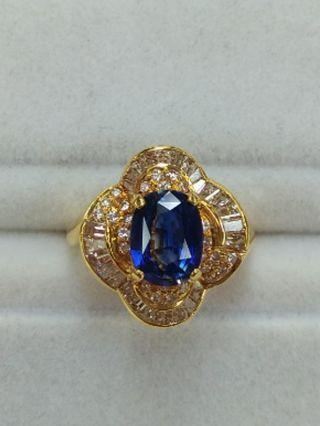 18K Yellow Gold Sapphire with Diamonds Ring