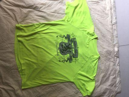 Free mail! Dry fit top $5