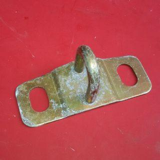 Peugeot 404 rear booth striker