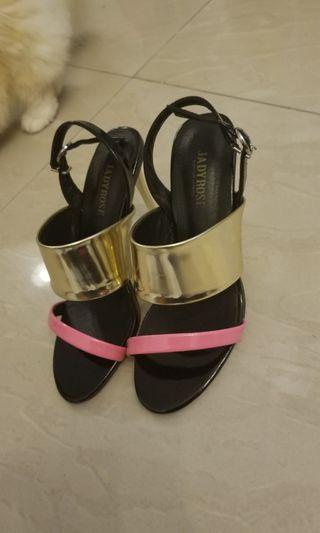 女神鞋 heels sandals