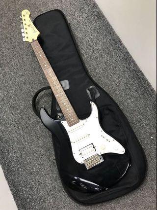 Yamaha Pacifica 電結他 連超厚袋 Yamaha Pacifica Electric Guitar with Bag 只售 500 元