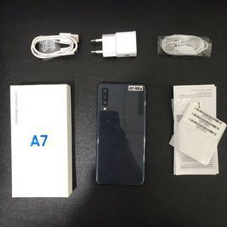 Samsung A7 2018 4/64 Black garansi aktv sampai Okt 2019