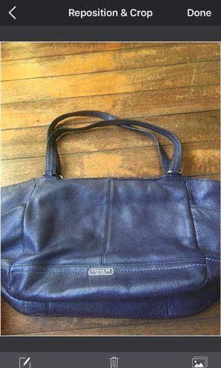 Coach Violet Tote bag - Authentic
