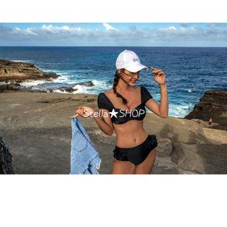 Stella✿SHOP S2723黑與花色前胸皺褶背後綁帶露背肩帶與短袖兩件式泳裝溫泉泳衣胸墊比基尼 - 預購