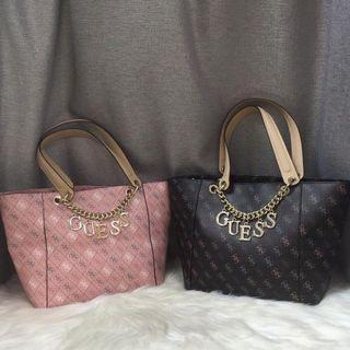 AUTHENTIC GUESS CHARM TOTE BAG