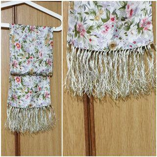 Shawl scarf Light weight. Used in mint condition