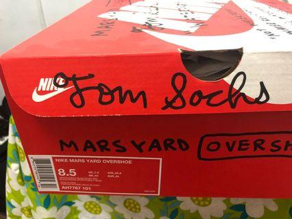 Sell Tom Sachs overshoes ow Nike mars yard