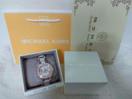🚚 MK鑲鑽手錶