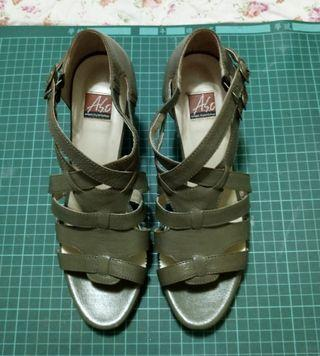 A. So真皮氣墊粗跟鞋 7.5/24.5號