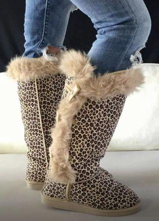 Women's size 6 leopard print ugg boots generic brand