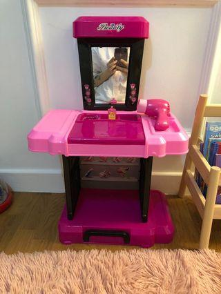 Toy dressing table