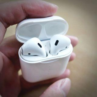 🚚 AirPods (highest featured on youtube)