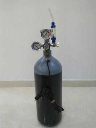 CO2 Tank 3 liters with regulator and bubble counter. Last price revision to S$90.
