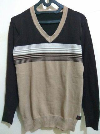 Sweater Rajut Coklat