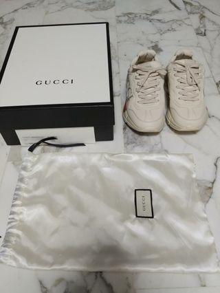 Gucci rhyton sneakers UA