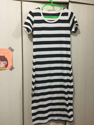 Stripe Slit dress