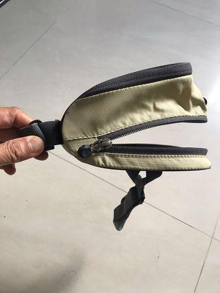 Deuter saddle bag for bicycle