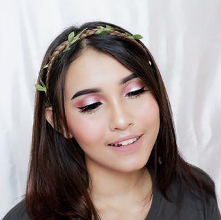 Jasa makeup untuk wisuda, photoshoot, party