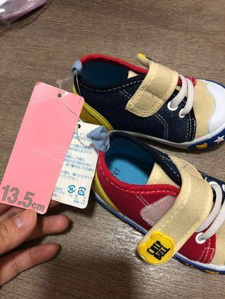 日本 birthday幼童鞋13.5cm