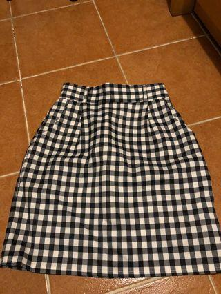 韓國製黑白格仔短裙