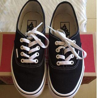 ff15609db7 Vans Authentic  Black