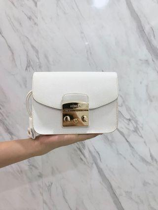 AUTHENTIC Furla Metropolis Mini very good condition..