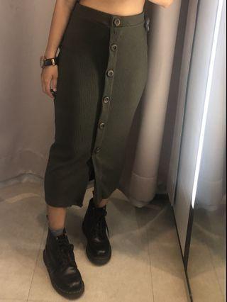 Zara 排扣長裙