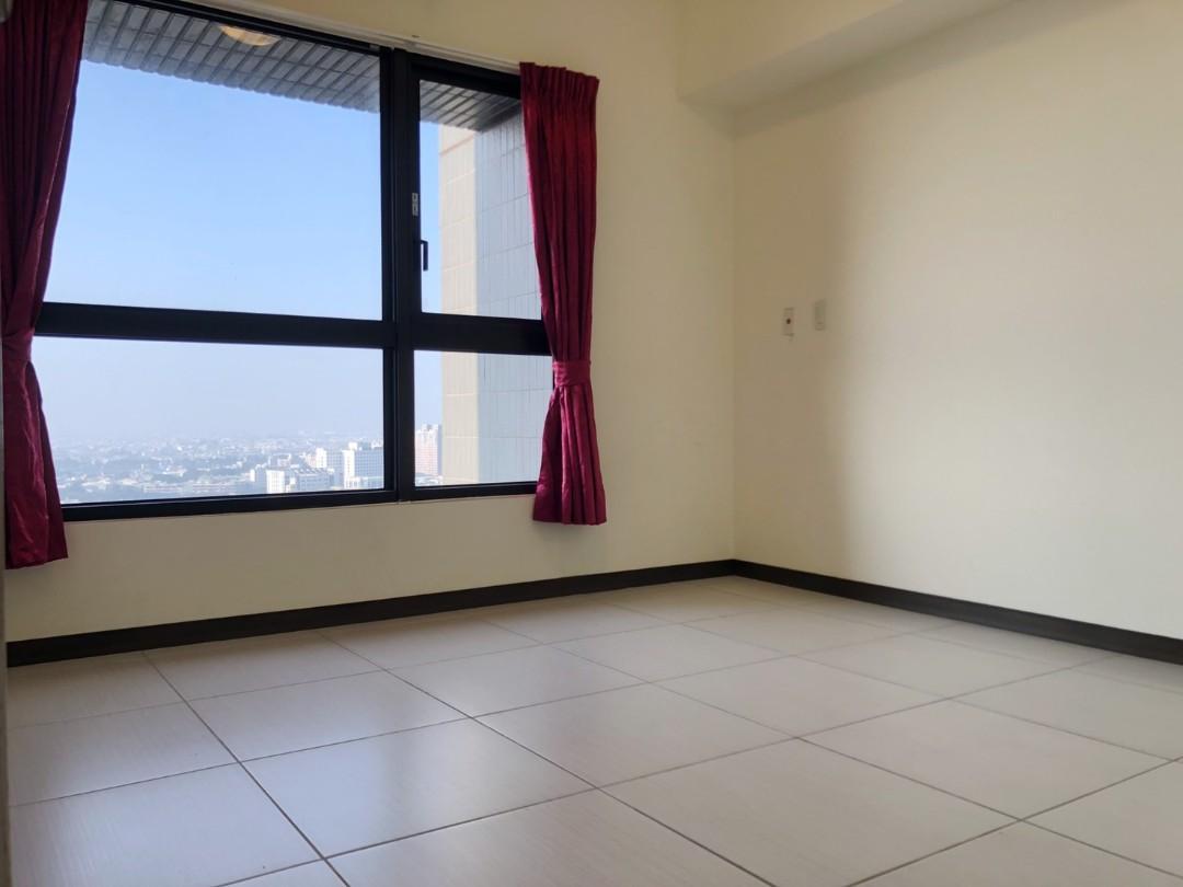 台南近成大高樓3房平面車位