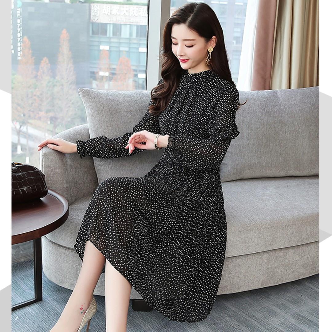 Brand New Flower Dress, Fit for M, HK$79.99