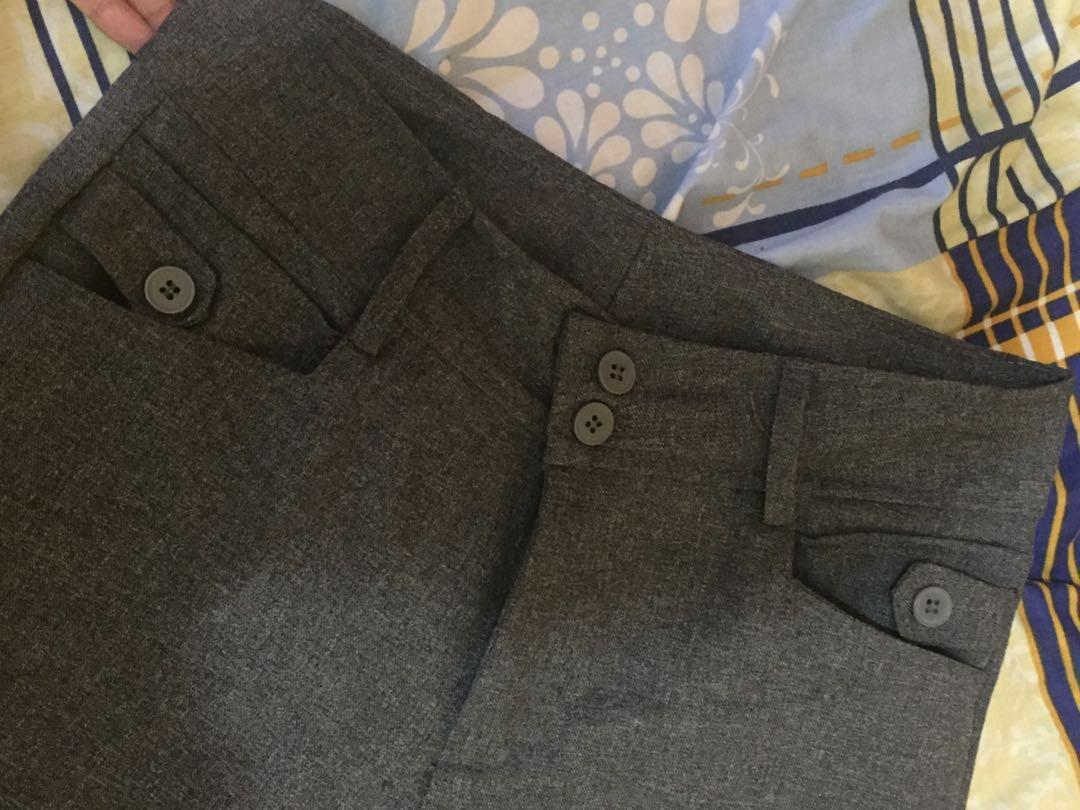 Celana bahan kain