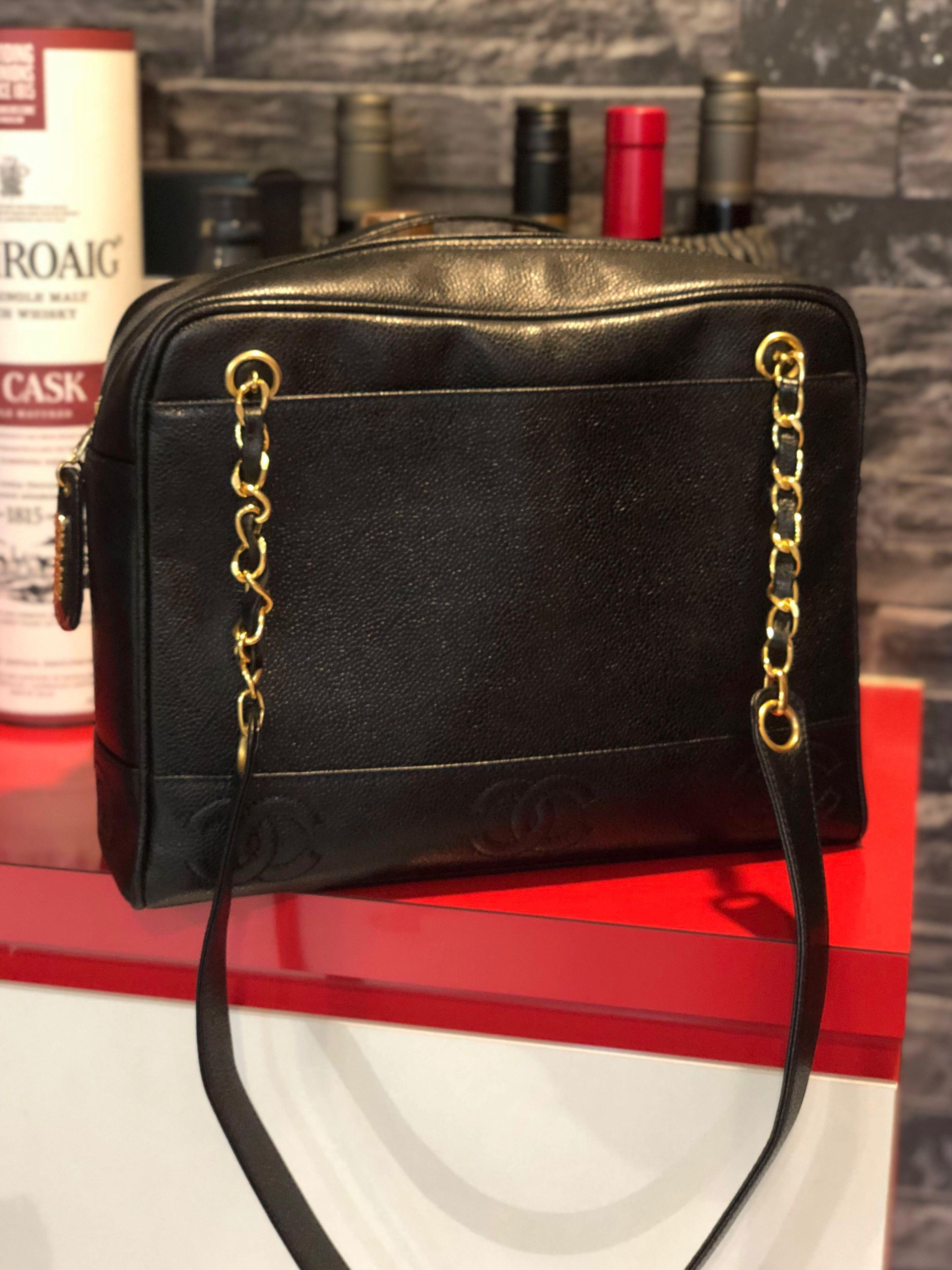 d0b96da29a64 Chanel Vintage Caviar Tote