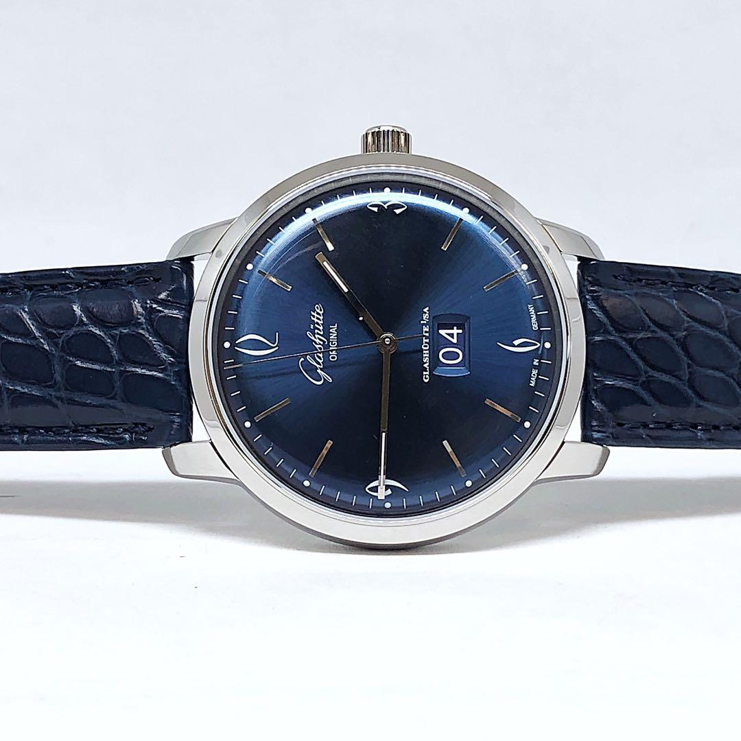 FS.BNIB GLASHUTTE VINTAGE COLLECTION SIXTIES PANORAMA DATE AUTOMATIC SUNBURST BLUE 42MM WATCH 2-39-47-06-02-04