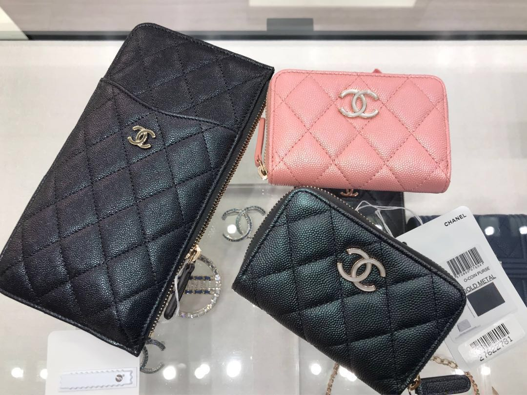 fd4c649dd5d3cd Latest 19S CHANEL black and pink iridescent Cardholders, Luxury ...