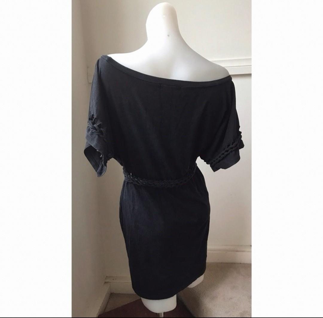 Size L (size 10-12) Mink Pink off-the-shoulder black dress