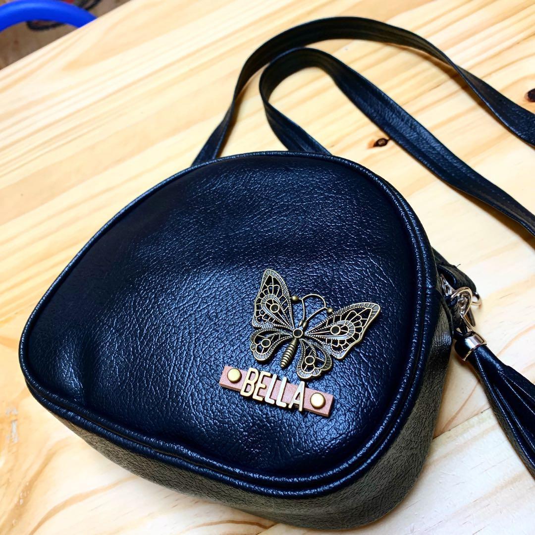 Tas selempang berry black kupu kupu