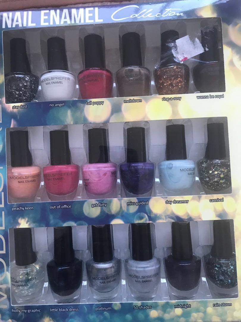 Unwanted gift sets 18pk nail enamel + savvy matte lipgloss set of 10