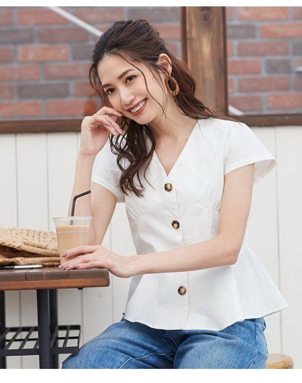 090143aae8a4b 日系收腰V領恤衫Japan fashion peplum shirt top peplum top v neck ...