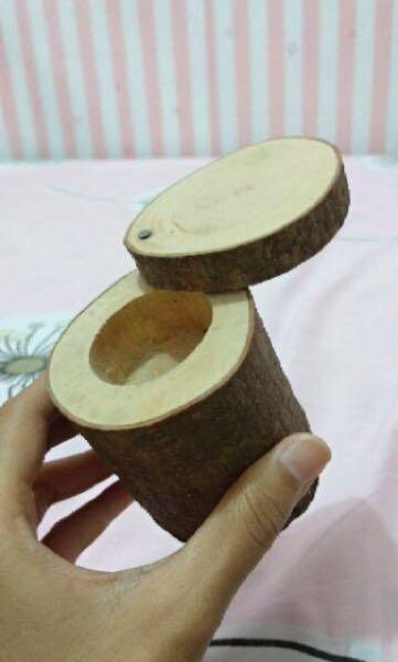 Wooden Ring Bear (Tempat Cincin Kayu)