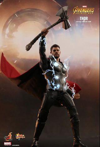🚚 Hot toys Thor IW