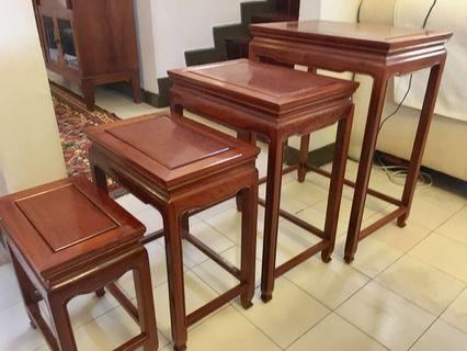 Fine Rosewood Set of 4 Nest of Tables, in Beautiful Condition.