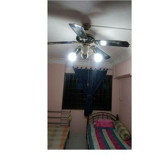 Common room at 961 jurong west street 92 for rent! Aircon wifi!