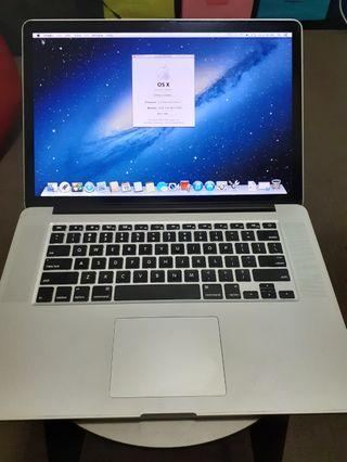 MacBook Pro Retina Display 15-inch 2013 GOOD CONDITION 250gb HDD