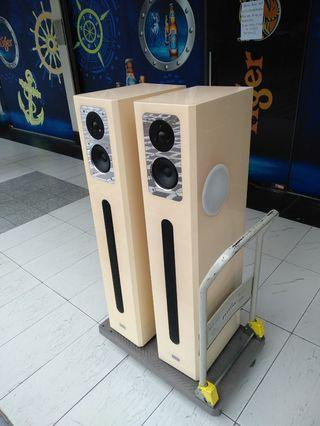 Isophon Vieta Speakers