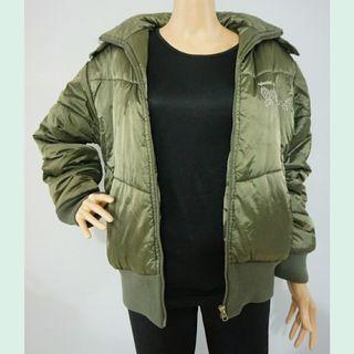 Universal Traveller Down Feather Winter Coat
