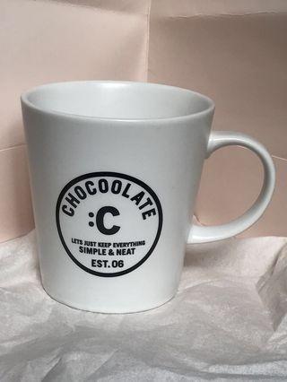CHOCOLATE 白色杯 7.5cm濶,8.5cm高(正版)