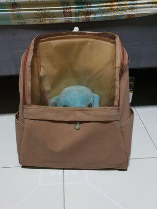 Mesh pet carrier