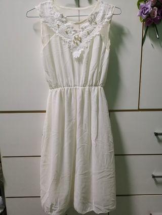 🚚 白色 雪紡 洋裝