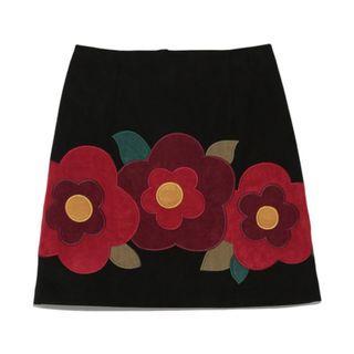 Lily Brown 黑拼彩色繽紛花朵圖案短裙